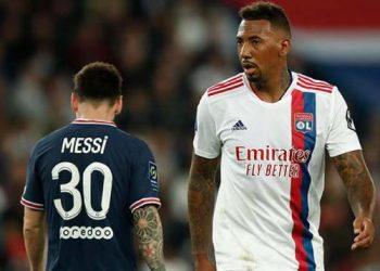 Ditarik Keluar, Messi Buang Muka dan Tolak Jabat Tangan Pochettino