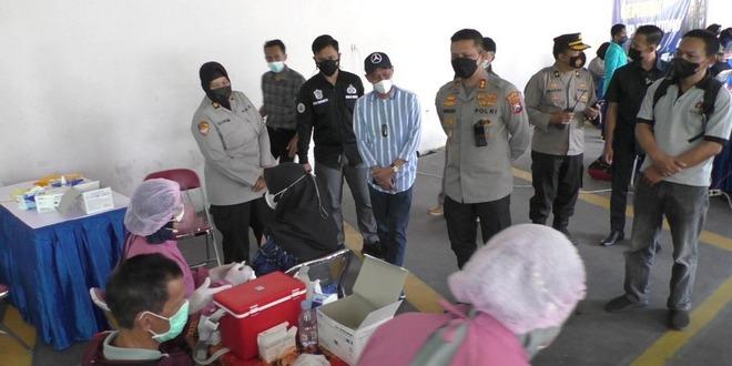 Gandeng Polresta Malang Kota, PWI Malang Raya Suntikkan 1.250 Vaksin - Pemerintah Kota Malang