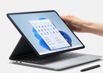Microsoft Surface Laptop Studio Usung Desain 2-in-1 - Selular.ID