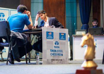 Nakamura, Vidit withdraw as Grand Swiss goes ahead despite lockdown