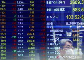 Nikkei jatuh terseret laba yang lemah dan kekhawatiran teknologi AS