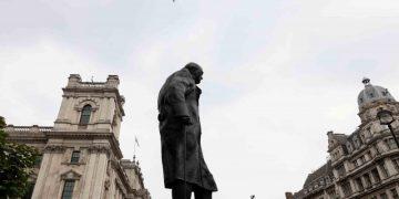 Peringatan 81 tahun tentara Inggris bertempur di Perang Dunia II