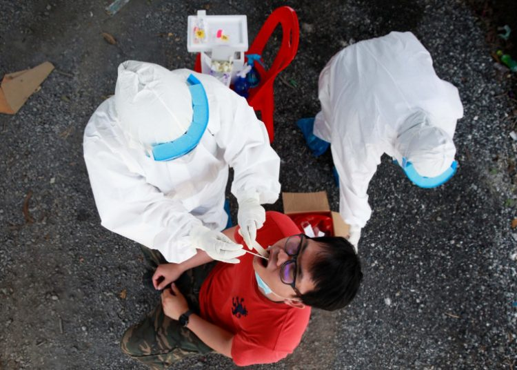 Rumah-rumah sakit kewalahan tangani lonjakan kasus COVID di Thailand