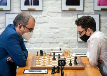 US Chess Champs 2: So strikes, Caruana escapes again