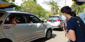 World Sight Day, Unair Gelar Pemeriksaan Mata Anak dengan Sistem Drive Thru