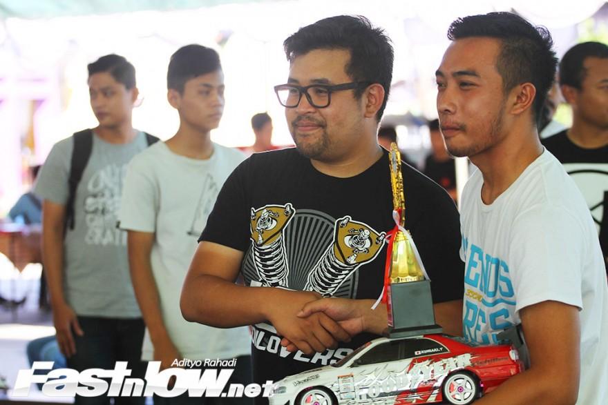 Car meet out HTJRT Yogyakarta Sindu park 16